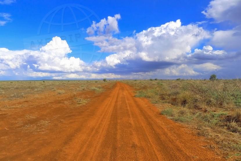 Kenya Kenya Moto Tour    axetrip.com