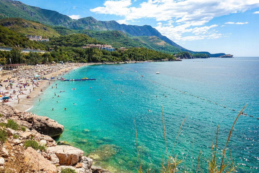 Albania Montenegro    axetrip.com
